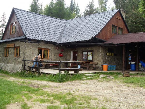 Chatka Rogacz